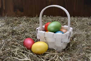 Best_DIY_Easter_Baskets_for_Adults